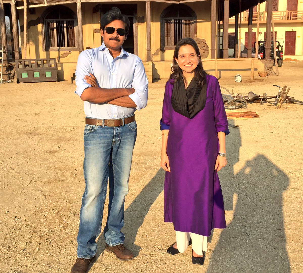 What an amazing experience! The #PowerStar @PawanKalyan is both gracious & inspiring. https://t.co/w8euW4RkVf
