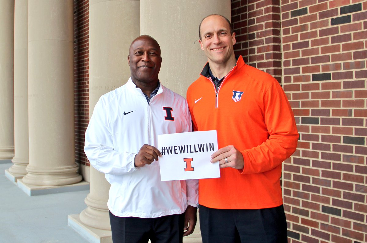 Love Smith, the new Illinois coach RT @IlliniAD: #WEWILLWIN