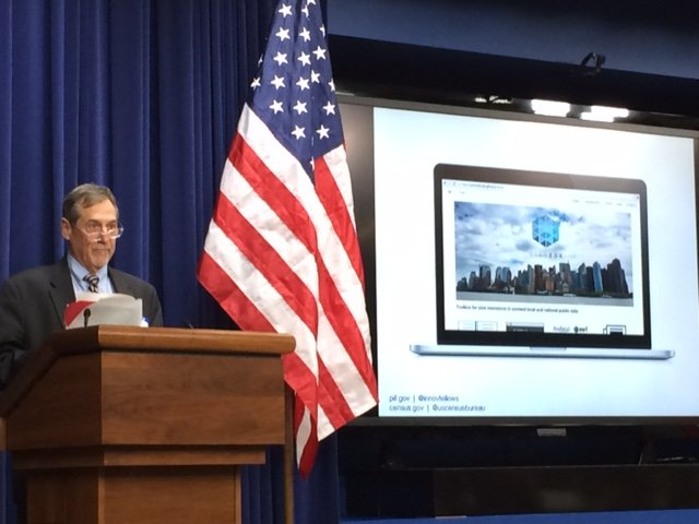 Dir. John Thompson talks #opendata @ The Opportunity Project launch @whitehouse. Watch now: https://t.co/Y7y7x3Yvxo https://t.co/o96bq9VnJF