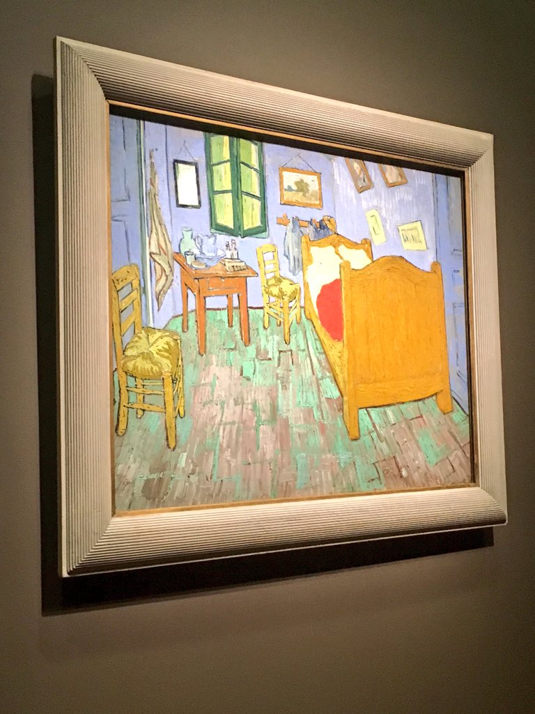 One painting from @MuseeOrsay,  @vangoghmuseum & @artinstitutechi. Can you tell which is which? #vangoghsbedrooms https://t.co/BVzqvq79iN