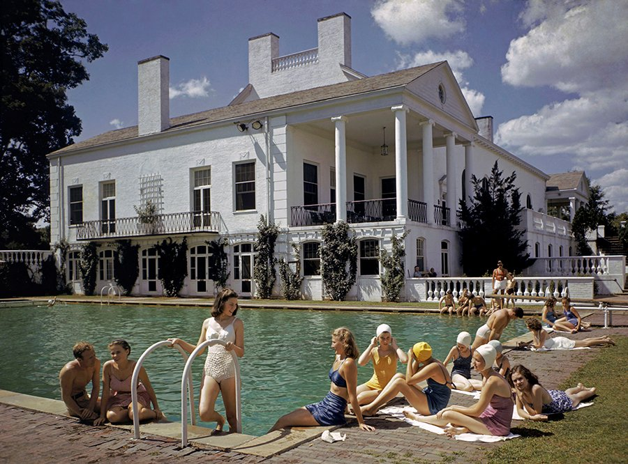 history in pictures on twitter sunbathing beside a pool in charlotte north carolina 1941. Black Bedroom Furniture Sets. Home Design Ideas
