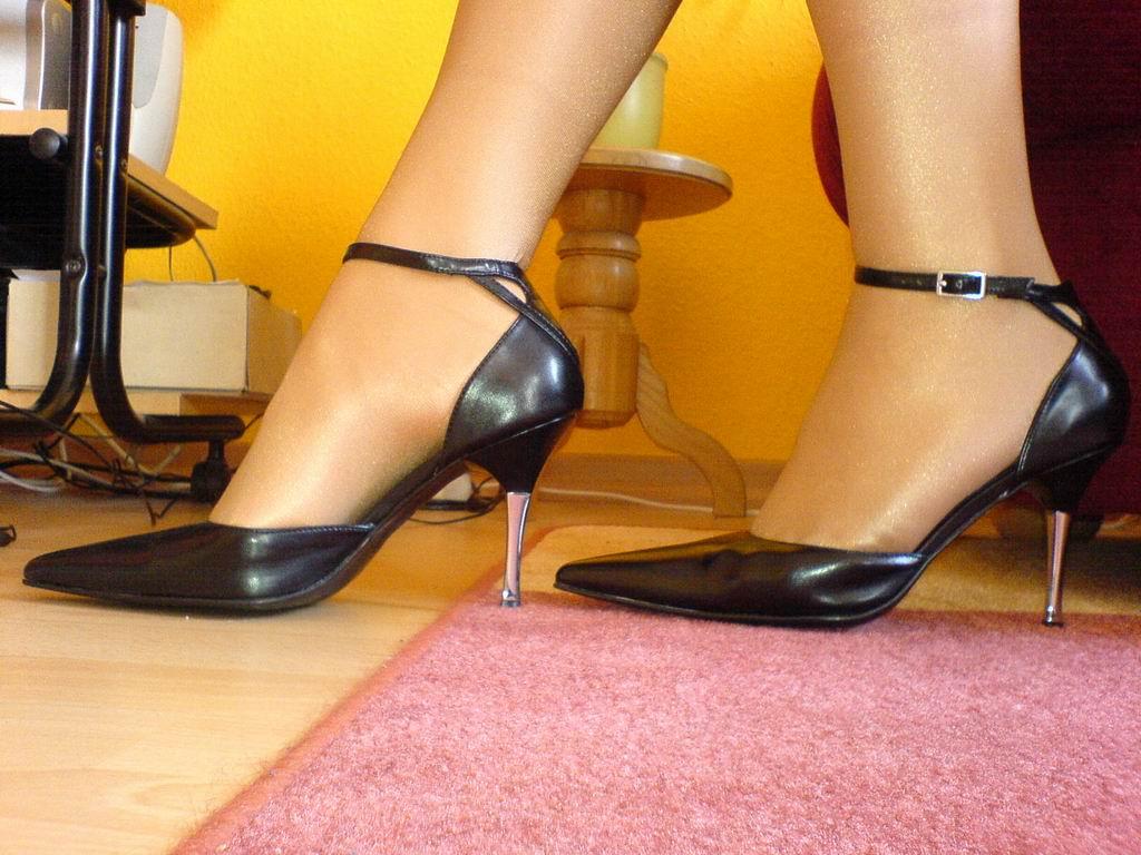 """Na Twitteru""""nylon Stewardess pantyhose Uživatel feet Nylonmanu bvIY7g6yf"""