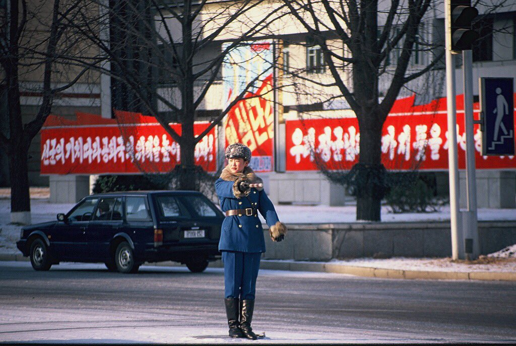 الحياة في كوريا الشماليه ..........متجدد  CcBHVncWoAMYR1k