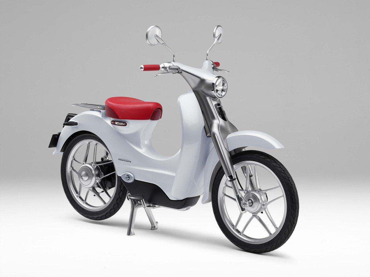 컨셉 모델로 발표됐던 혼다 EV-Cub 가 2년 내로 생산, 판매 될 거라는 소식 https://t.co/22AJGLNPWf https://t.co/fWWhmBzufg