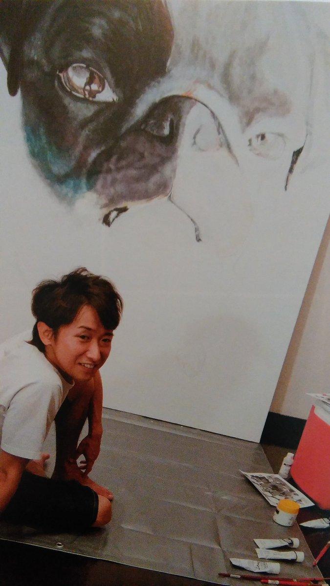 特に、作品集にもTシャツにもならなかった方の、智くんが直前に描きあげた絵。大阪でも展示されますように。 大阪個展の成功をお祈りしています。 大野智個展