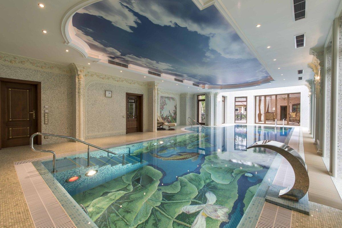 бассейн в коттедже дизайн фото хранил