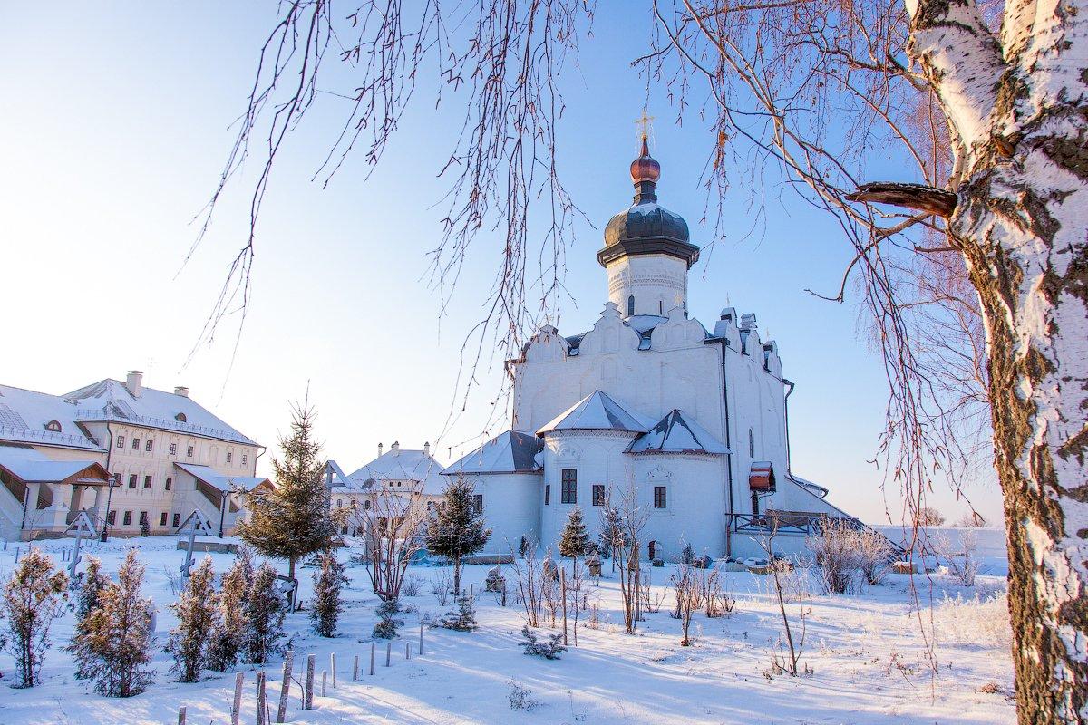 Экскурсионный тур в Казань и Свияжск с выездом из Саратова 2019