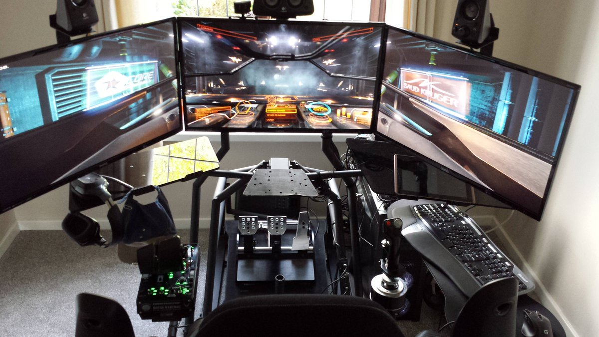 Who needs virtual reality when you've got a gaming battlestation like this? reddit.com/r/SimStation/c…