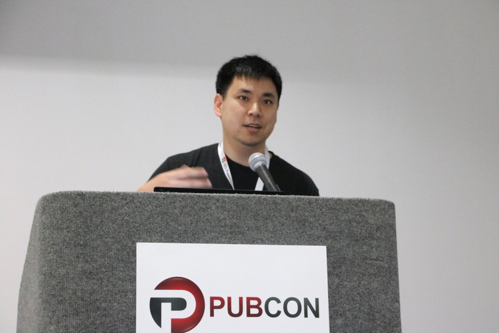At #pubcon #sfima listening to @larrykim (the @martyweintraub of PPC - speed And number of slides anyway) heh https://t.co/zQoUWakZq1