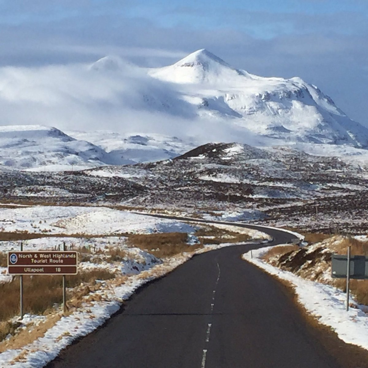 Driving in #Scotland is such a joy! Road from #Lochinver to #Ullapool today. #ScotSpirit https://t.co/AX2mj49FA5