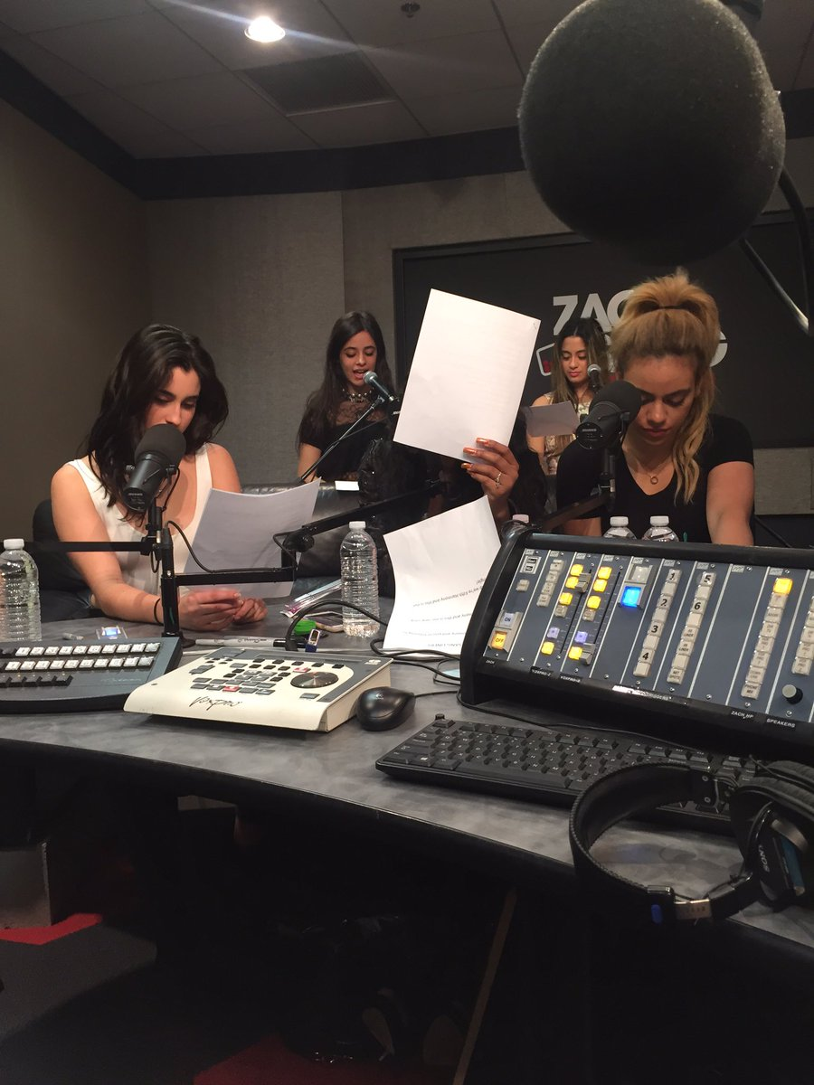 Current studio vibe....@FifthHarmony #WorkFromHome https://t.co/9D4baxBeSS