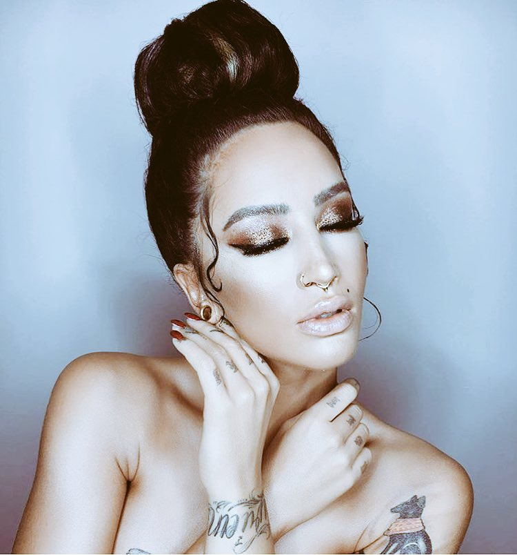 Dafina zeqiri over under betting investing in crypto currency converter
