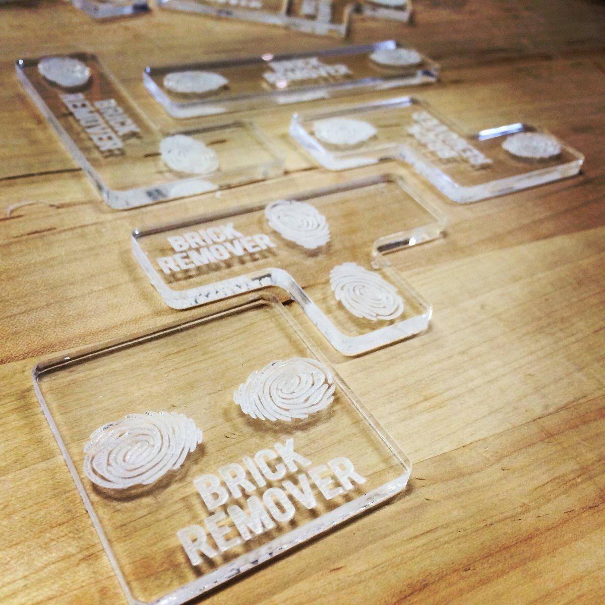 It is starting to come together! #tetris #laser #mushroombricks #mycelium #prototype #biodesignstudio https://t.co/bJZIIFVmuk