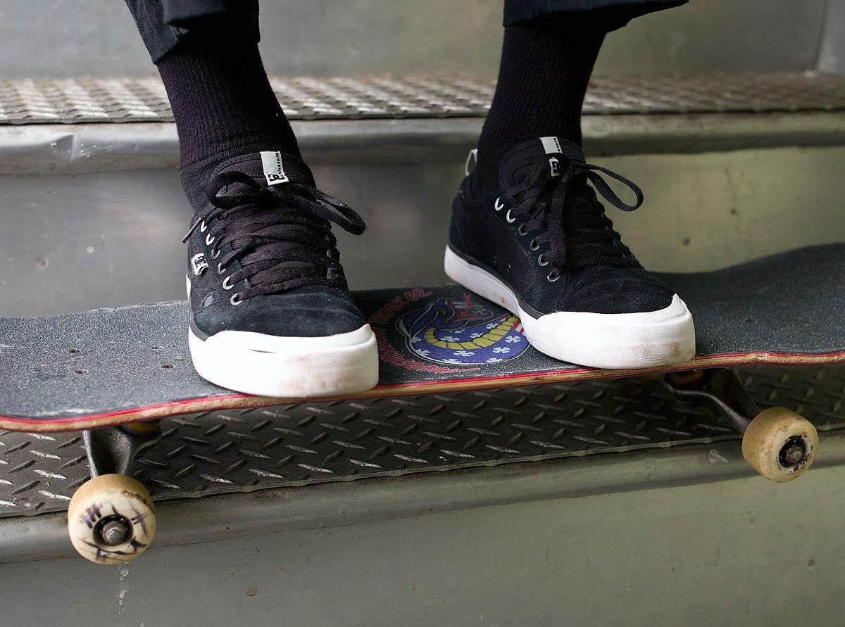 Zumiez roller skates - Zumiez On Twitter Pick Up A Pair Of The Dcskateboarding Evan Smith S Here Https T Co Yrsnczgyh8 Https T Co Lhumvisnvq