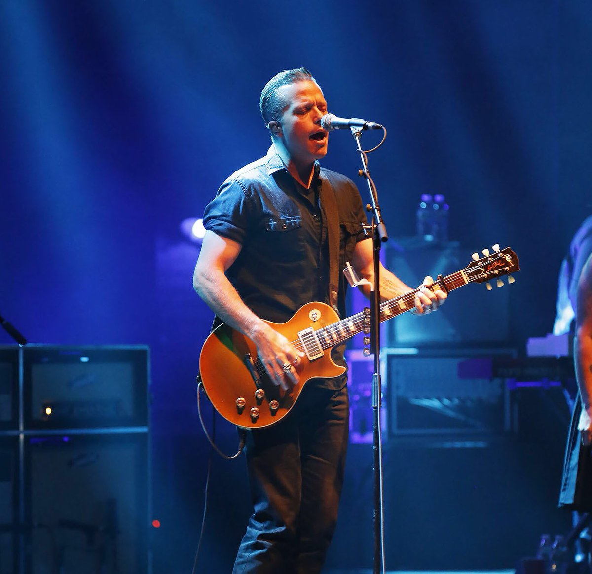 jason isbell beacon theatre new york ny on 2 25 2016 186 photos pictures and videos on. Black Bedroom Furniture Sets. Home Design Ideas