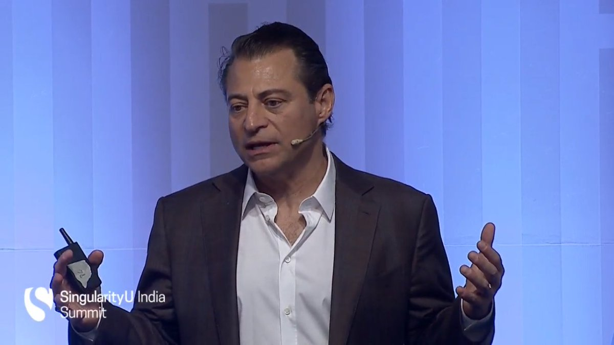 """You're in for 2 days of an amazing feast for your mind"" @PeterDiamandis welcomes the audience to #SUIndiaSummit https://t.co/8ImauolbNq"