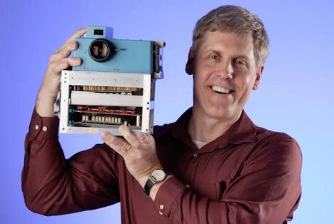 Steve Sasson, the guy from Kodak who invented digital camera... #SUIndiaSummit https://t.co/PynZDAMkFt