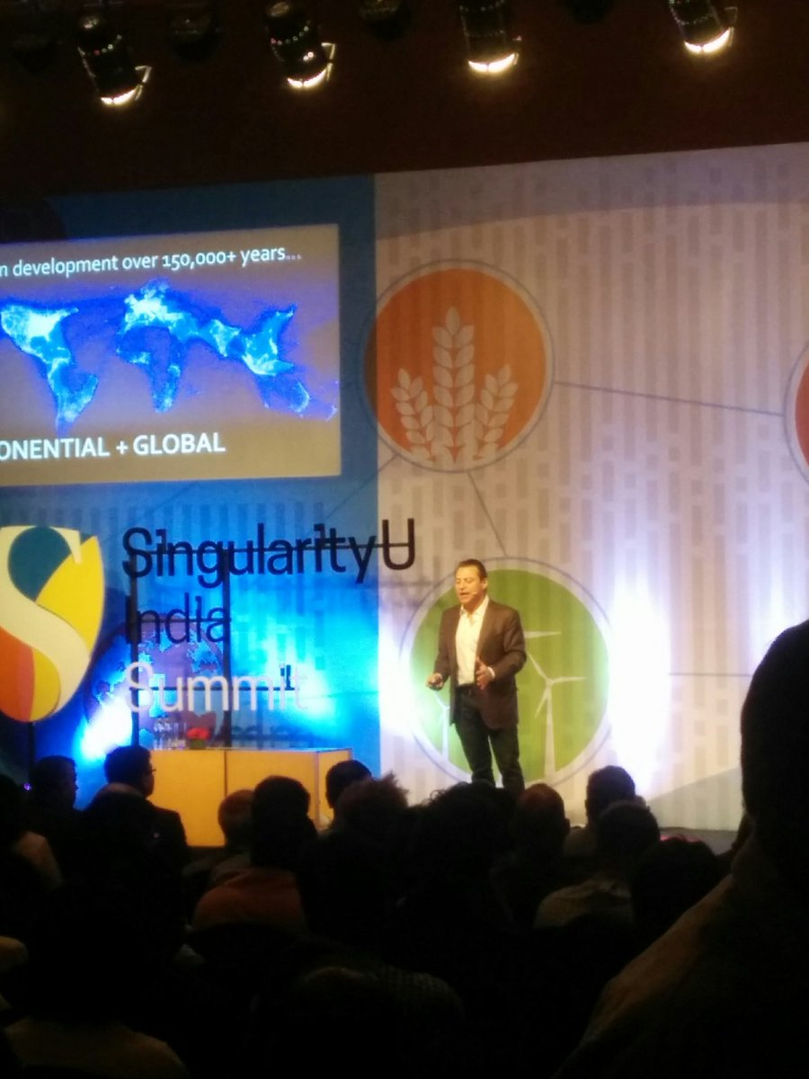 Exponential technology and disruptive growth by Peter Diamandis #SUIndiaSummit https://t.co/W22vjjGgzr