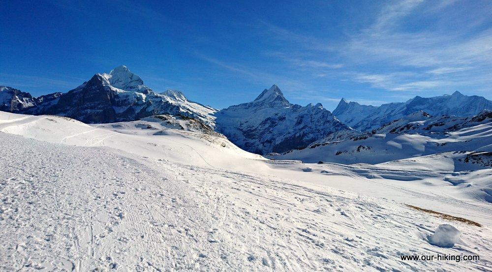 スイスアルプスでのスノーハイキングのレポートを完成させました。前回お知らせの続きはこちらです。 アイガー展望スノーハイキング http://www.our-hiking.com/abroad_alps-swiss-winter29.html…