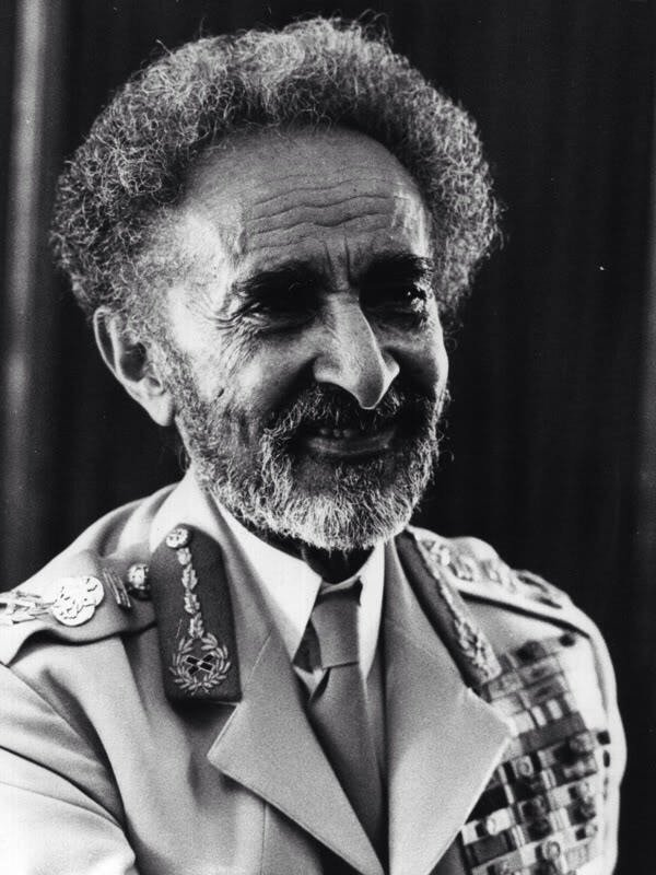 #LOVE is the order of the day spreading LOVE & LIGHT the RASTAFARI way https://t.co/tWX0EjGp3O