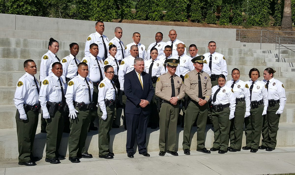 michael parker on twitter congrats la sheriff security officer class 40 httpstcovaeu0slmvo joinlasd hiring xlnt pay medical benefits