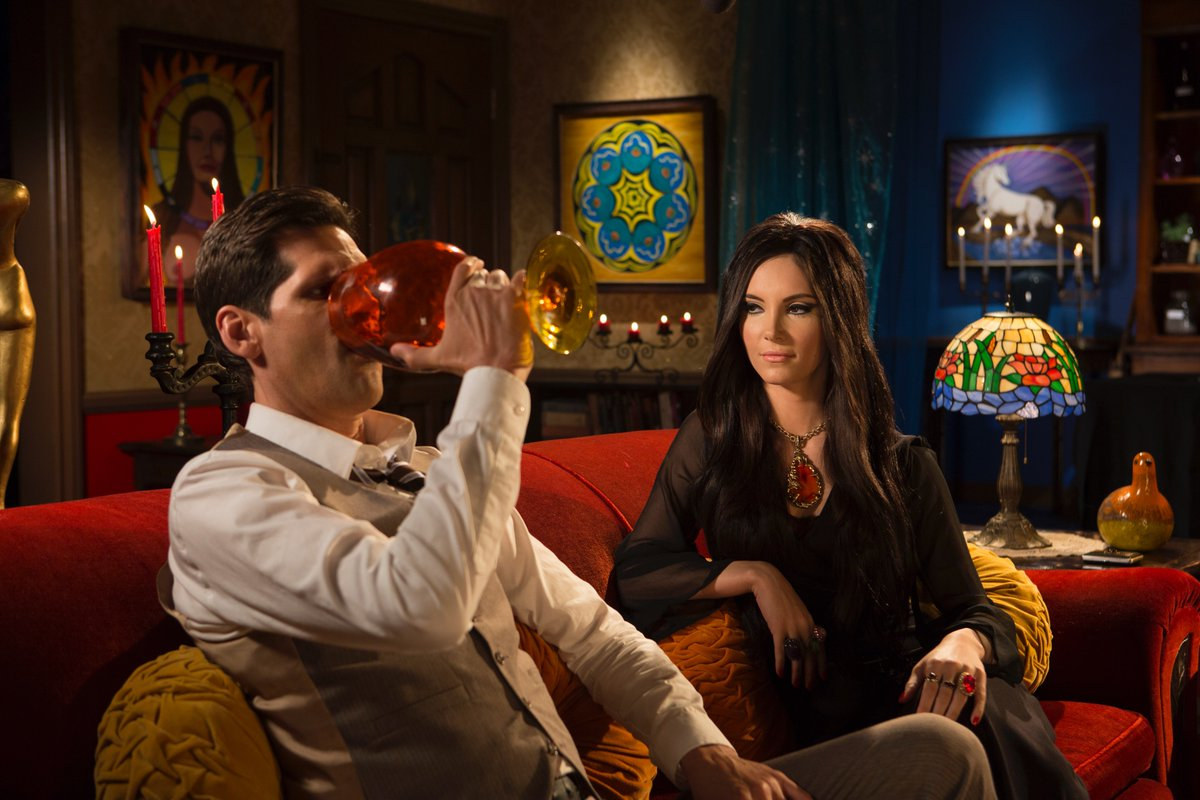 Anna Biller در توییتر Elaine Seduces Richard With Sex And A Potion In The New Motion Picture The Love Witch Thelovewitch Witchmovie Https T Co 9w25pxkm7c