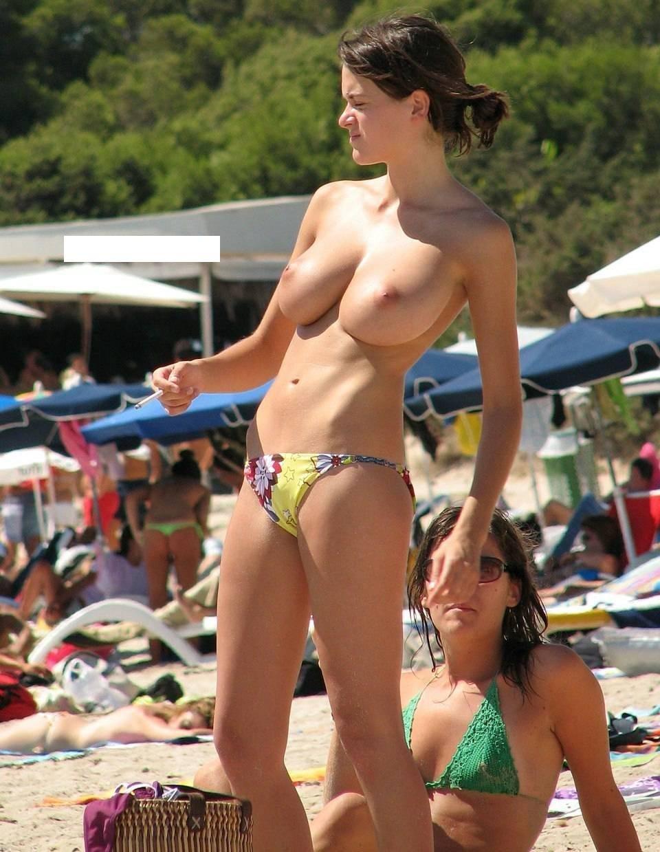 big-titty-voyeur-black-guys-sucking-nipple