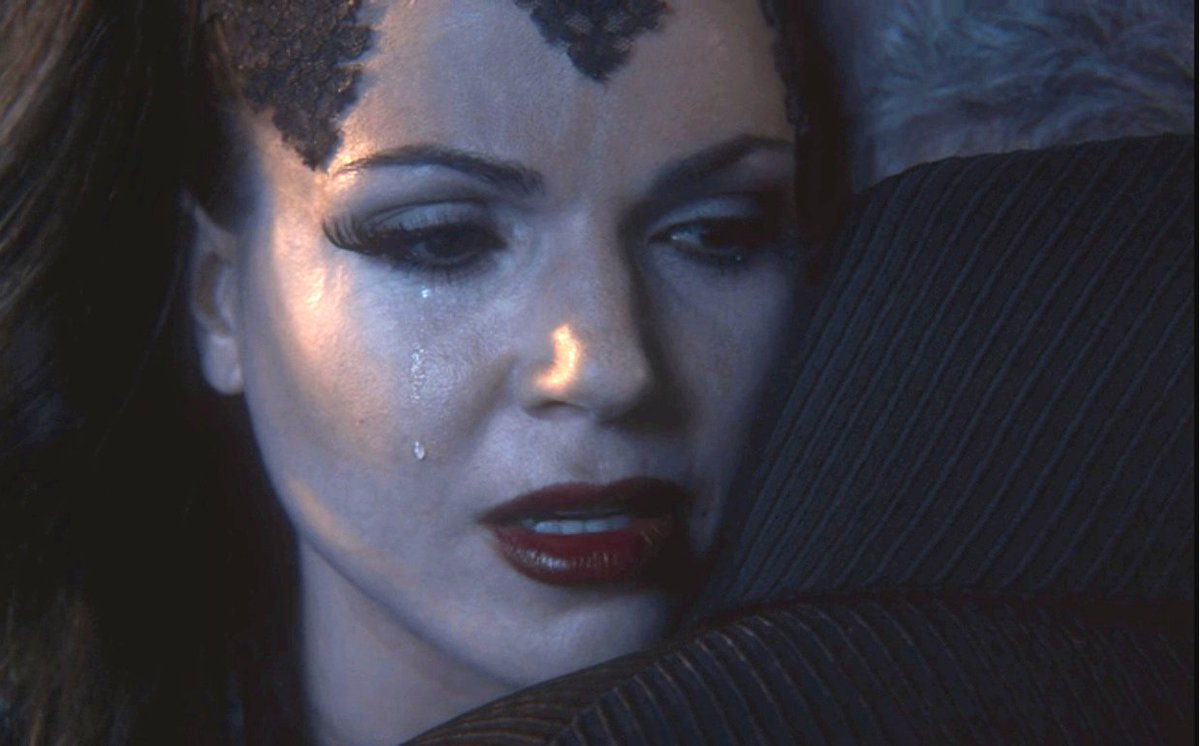 #OnceUponaTime Stars Discuss Their Most Challenging Scenes Ever (Video) https://t.co/ddyqOhAKlm https://t.co/HfYEWW1iiC