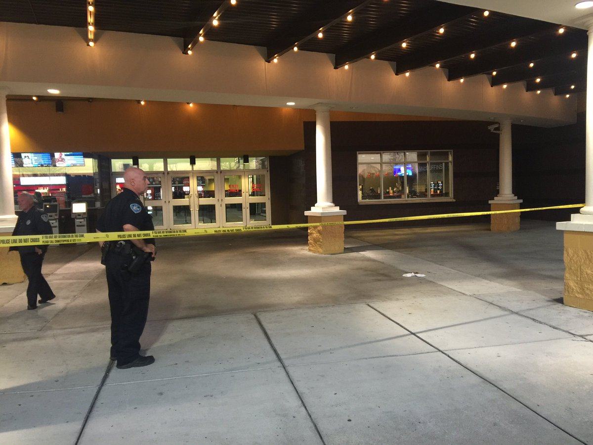 JPSO looking into a shooting at the AMC Palace on Manhattan. https://t.co/Hgzs4aJnLs