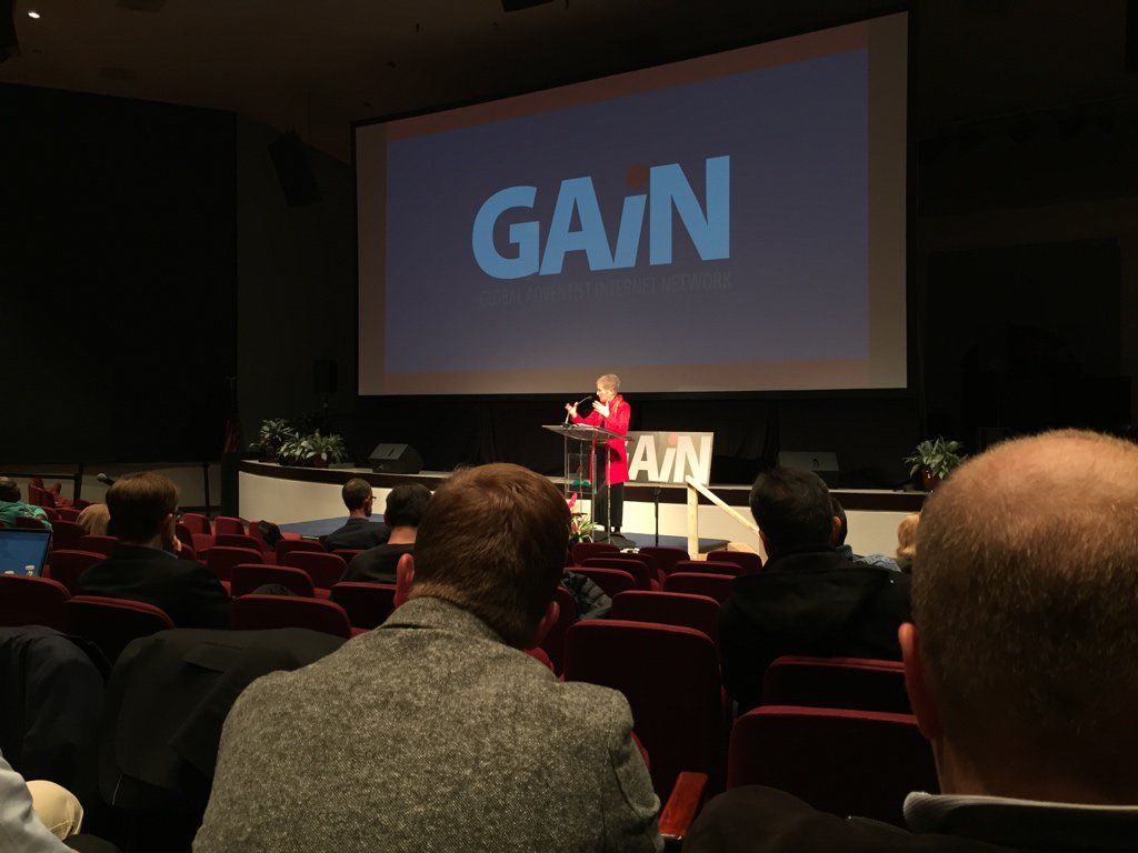"""Being an artist is a Divine calling."" – Jo Ann Davidson #gain16 https://t.co/DEtjGUUv0B"