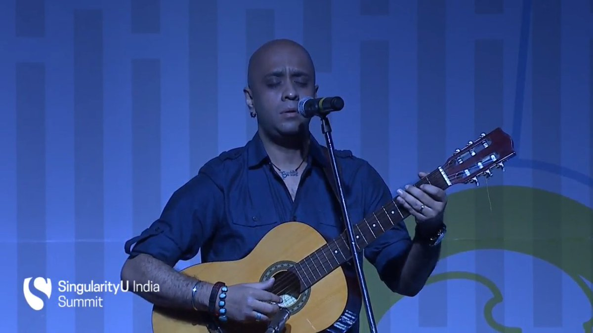 The second day kicks off with a soft melody by Joy #SUIndiaSummit https://t.co/zxZg1EFBSu