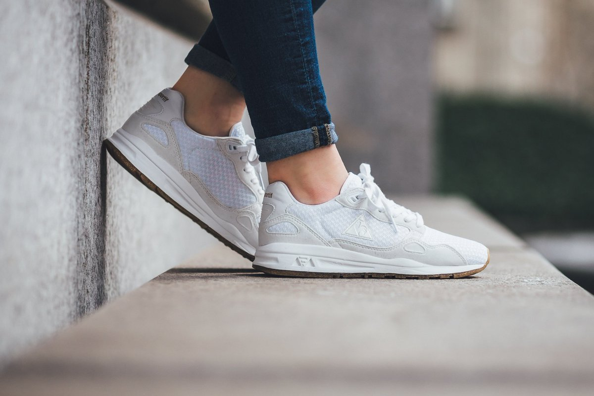 64acce9806 Le Coq Sportif LCS R900 W SPARKLY - Optical White SHOP HERE:  https://t.co/4BWLYh7ZgI https://t.co/Ovxg81ELRq