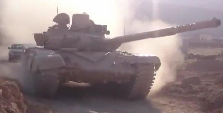 الوحش الفولاذي لدى قوات الجيش السوري .......الدبابه T-72  - صفحة 2 CcPtakWVIAAURvo