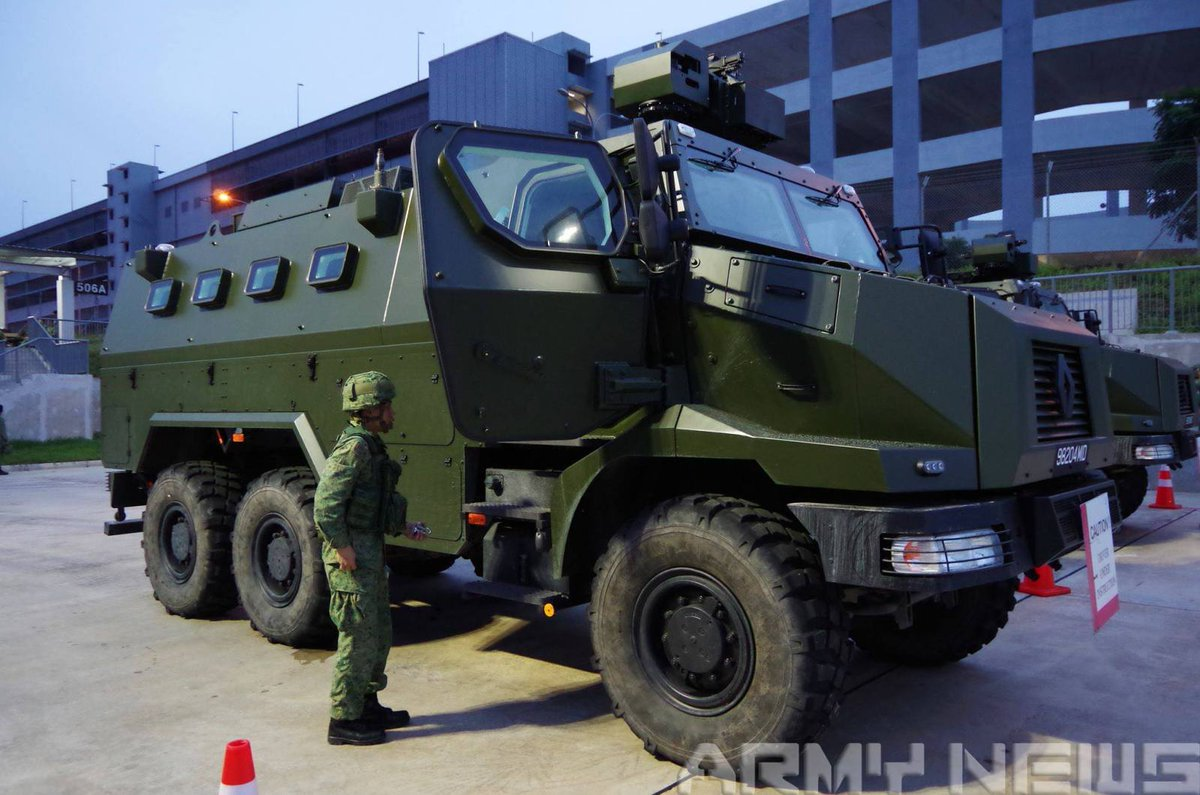 tom antonov on twitter renault trucks defense higuard mraps of the singapore army france. Black Bedroom Furniture Sets. Home Design Ideas