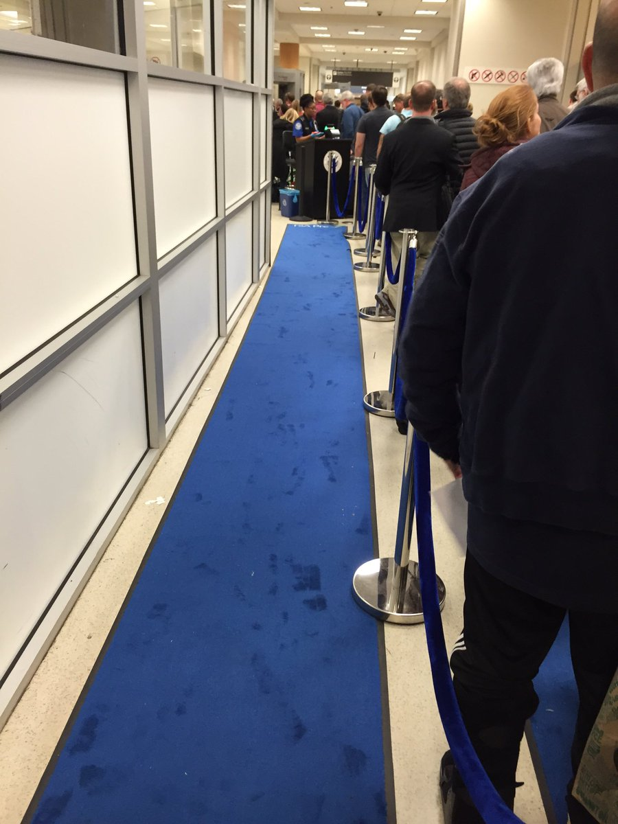 Here's What's Really to Blame for Long Airport Lines