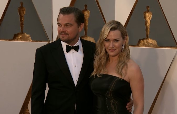 Jack and Rose back together! Titanic lives on.. Leo and Kate #Oscars https://t.co/8gMpZKEL5T