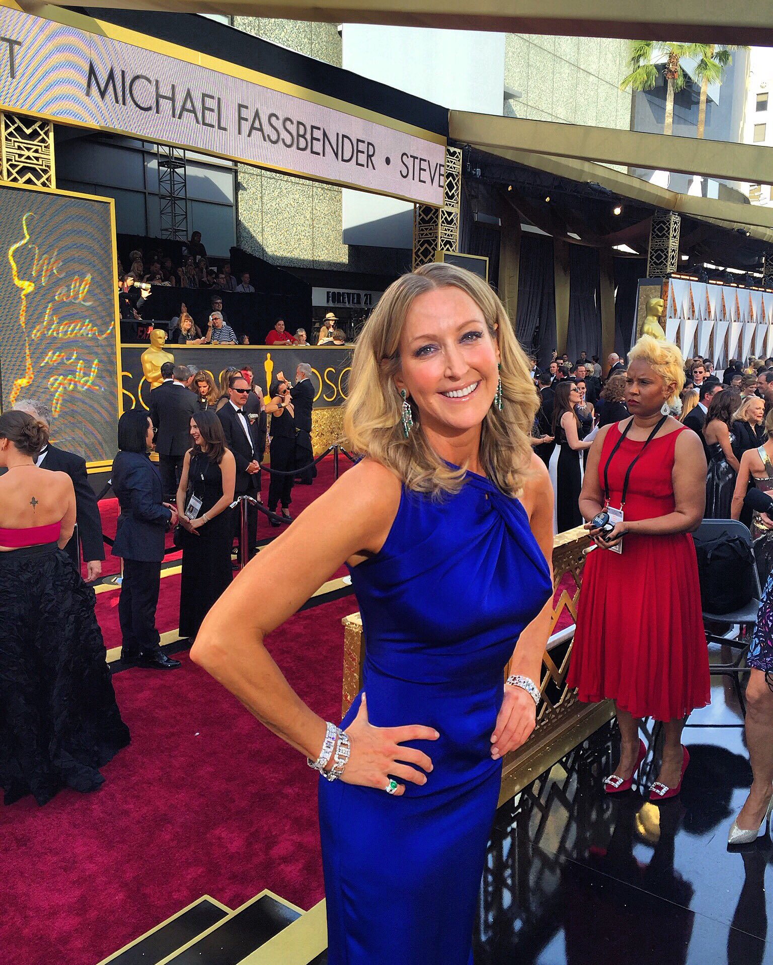 "Lara Spencer On Twitter: ""Game On! @roland_mouret Gown"