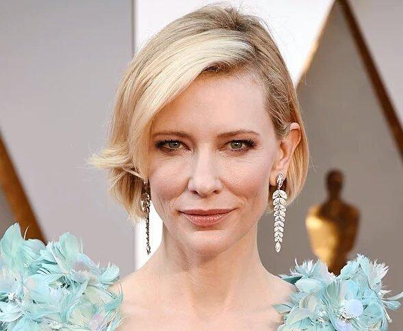 Cate, sin photoshop ni botox, es la más reina de todos. Aprendan, chirusas. #Oscars https://t.co/ObY7vm3Tsf