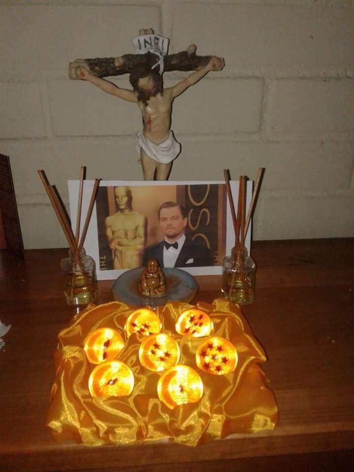 Ya juntamos las esferas del dragón Leo para que ganes tu #Oscar https://t.co/L8BqghoIuR
