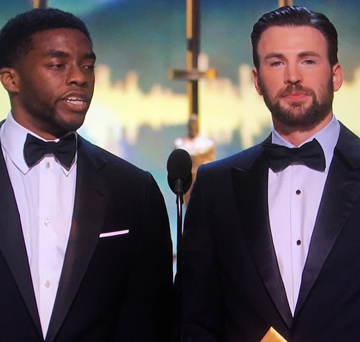 Captain America and Black Panther y'all. https://t.co/LY7OhPxzi0