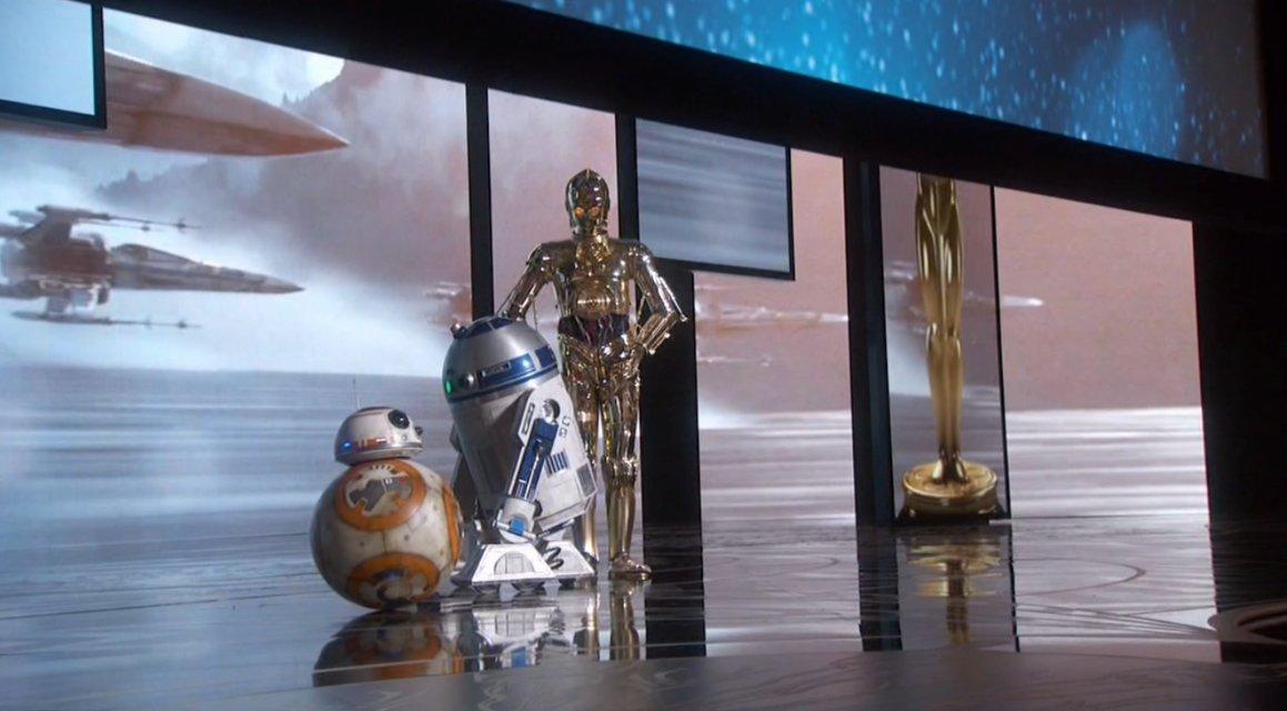 BB-8. R2D2, C-3P0 tampil di panggung utama Oscar 2016 © Twitter.com