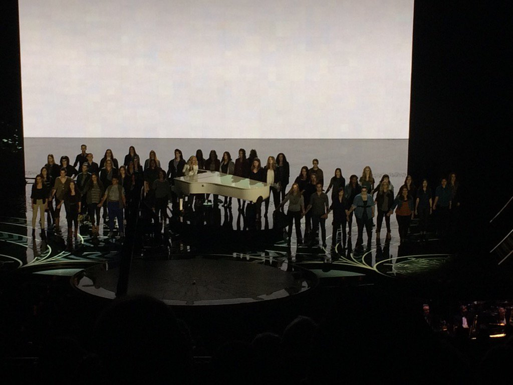 Lady Gaga, joined by sexual assault survivors, earns a standing O at the Oscars for the 2nd year in a row https://t.co/5cTEl8lBqh