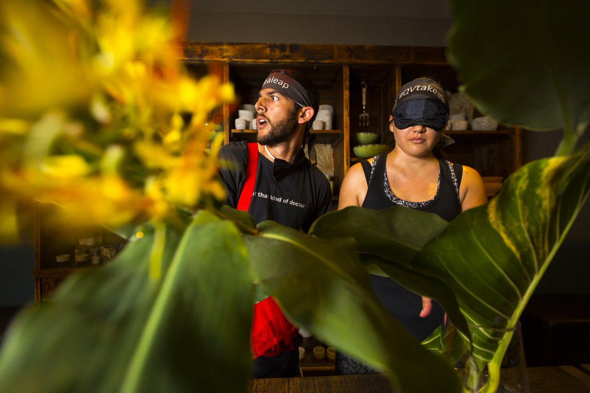 Now to Flower Temple to test our #QVtakealeap couples trust with blindfolds and bouquet's #qvmelbourne #leapyear https://t.co/MVTt32bp7b