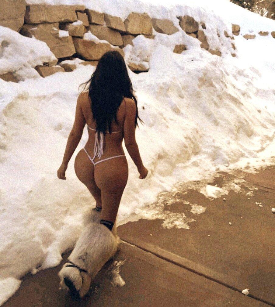 Desnuda en la nieve photos 97