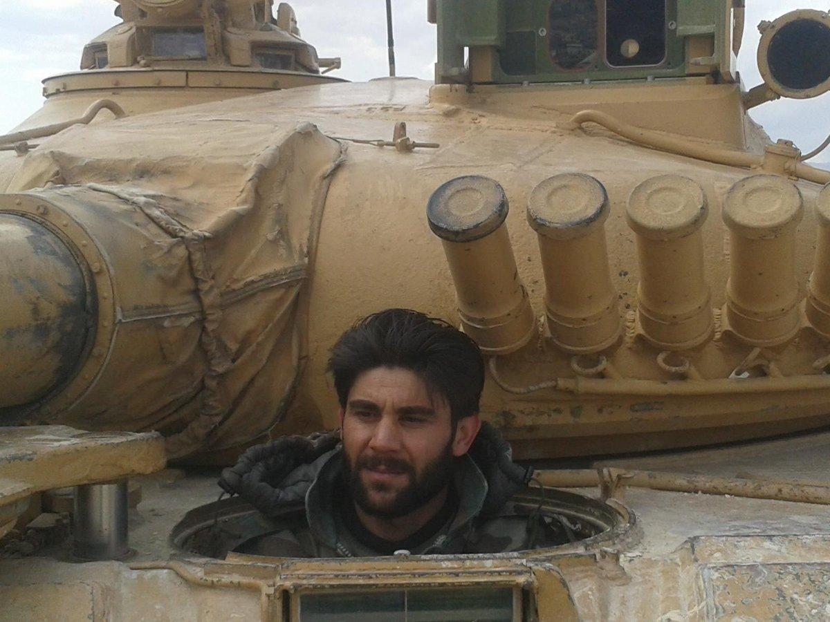 الوحش الفولاذي لدى قوات الجيش السوري .......الدبابه T-72  - صفحة 2 CcZhNp1UEAAI_VL