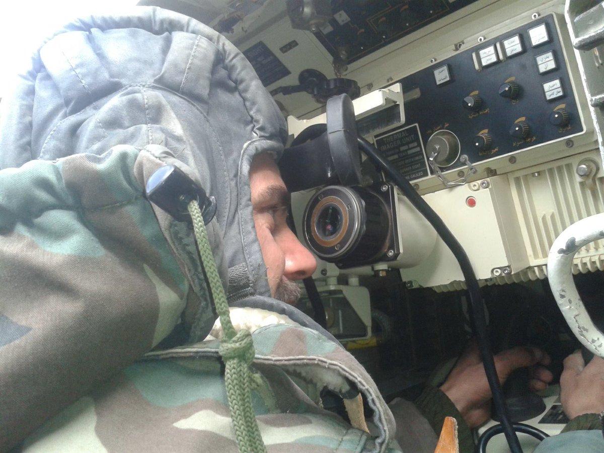 الوحش الفولاذي لدى قوات الجيش السوري .......الدبابه T-72  - صفحة 2 CcZhNuoUcAAknqk