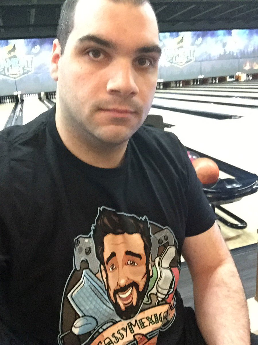 Rapping my new @GassyMexican shirt on the lanes today!! https://t.co/Fh8tvFZT77