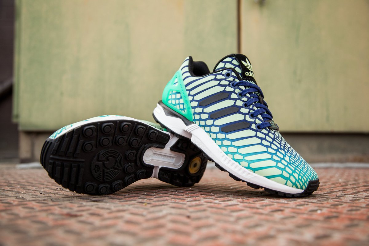 dcae92ff26fb0 Adidas Big Kid s ZX Flux in shock mint   lush ink is available in sizes 4-7  for  100 at http   bit.ly 1QnAwru .pic.twitter.com c0c8R5rlVU