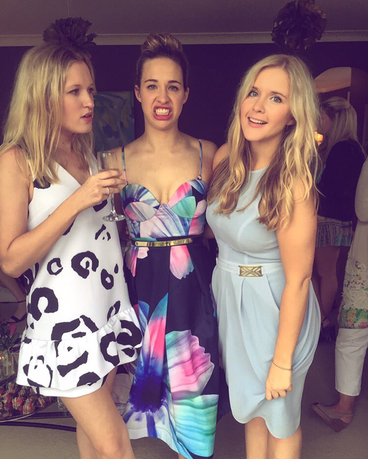 """Sophie Wright On Twitter: """"#vogue #lookers #friends Https"""