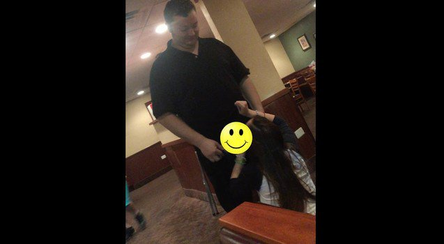 Girl gives dennys waiter a bj